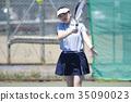 打网球的女人 35090023