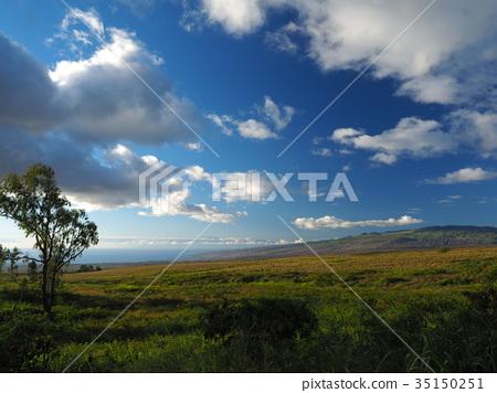 hawaiian islands, blue sky, blue water 35150251