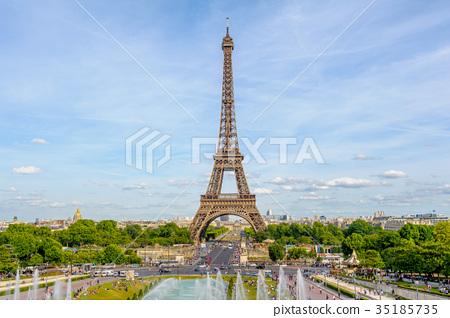 Eiffel Tower, the tallest structure in Paris 35185735