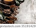 Closeup coffee beans arrangement 35191429