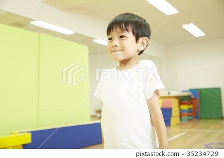 體操教室兒童指導畫象 35234729