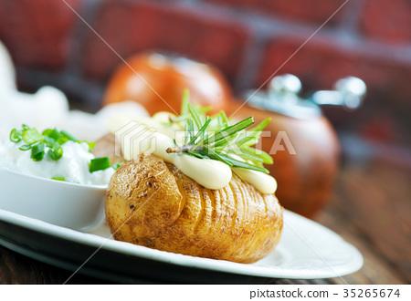 baked potato 35265674