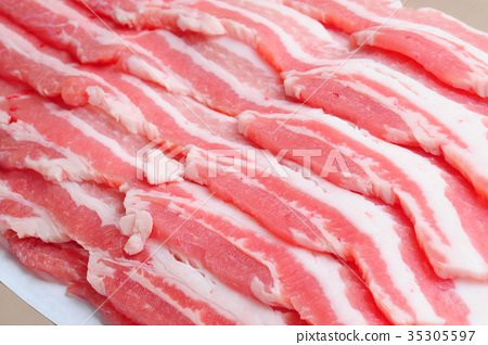 Pork belly thinly sliced meat 35305597