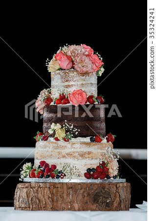 Delicious cake 35324241