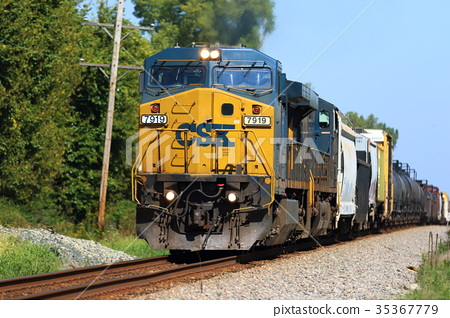 freight train, goods train, locomotive 35367779