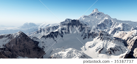 Mountain panorama 35387737