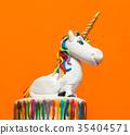 Unicorn cake topper 35404571