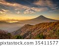 단풍의 三つ峠와 후지산 새벽 35411577