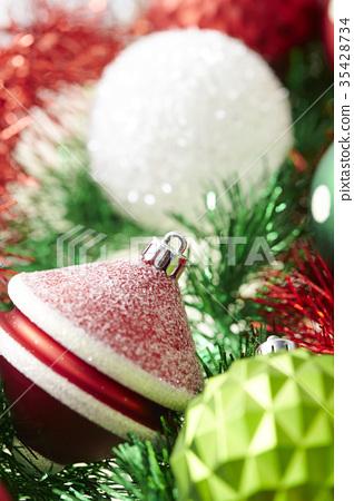 Christmas ornaments 35428734