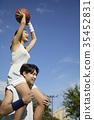 젊은남자,젊은여자,농구,스포츠 35452831