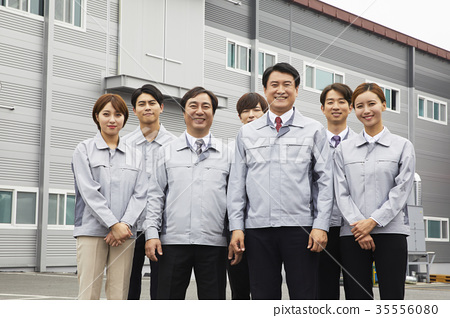 Factory, worker, businesswoman, business woman, pose 35556080
