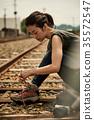 女子背包客去鐵路 35572547