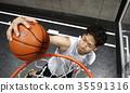 농구를하는 남성 35591316