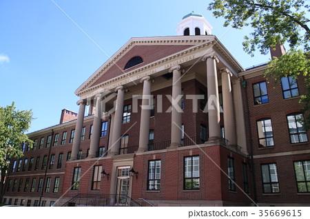 Landscape around Harvard University (US) 35669615