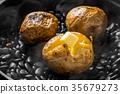 土豆 馬鈴薯 石發射 35679273