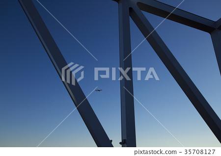 เครื่องบิน,สะพาน 35708127