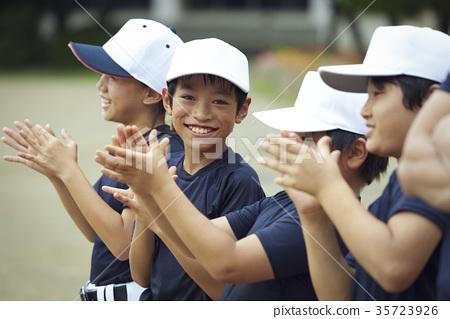 男孩棒球实践队画象 35723926