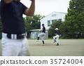 練習棒球的小男孩 35724004