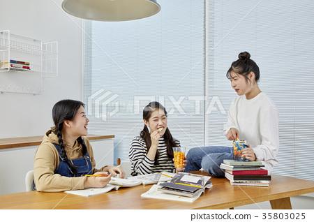 친구,고등학생,학습 35803025