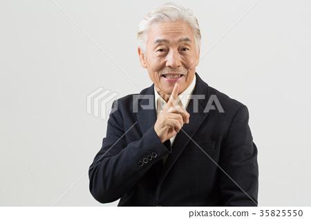 건강한 노인의 포트레이트 35825550
