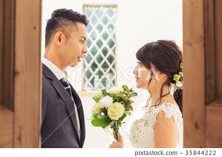 포토 웨딩 결혼 신랑 신부 35844222