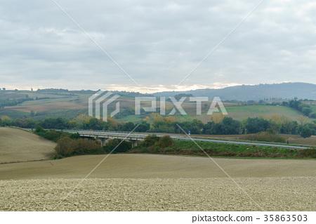 italian landscape 35863503