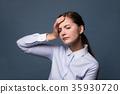一個頭疼的女人 35930720
