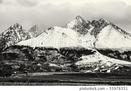 Lomnicky peak, High Tatras, Slovakia, colorless 35978351