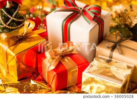 크리스마스 선물 크리스마스 트리 선물 크리스마스 색상 골드 크리스마스 선물 36005028