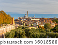 Siena. View of the old city district. 36018588