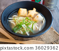 Udon soup and fish tofu 36029362