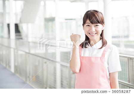 간호 여성 병원 도우미 간병인 36058287