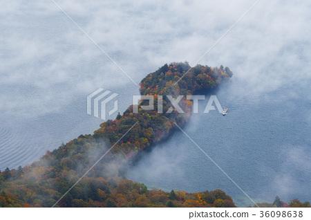 주젠지 호, 가을, 안개 36098638