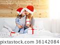 mother, christmas, child 36142084