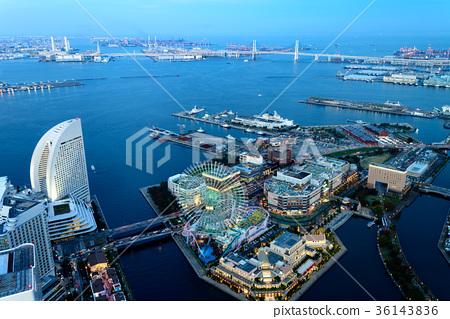 橫濱港未來的晚上風景 36143836