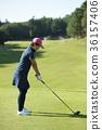 골프를하는 여성 36157406