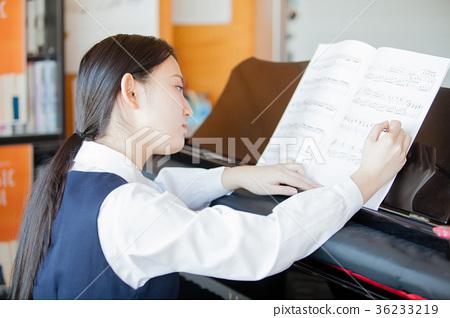 고교생 피아노 음악실 36233219