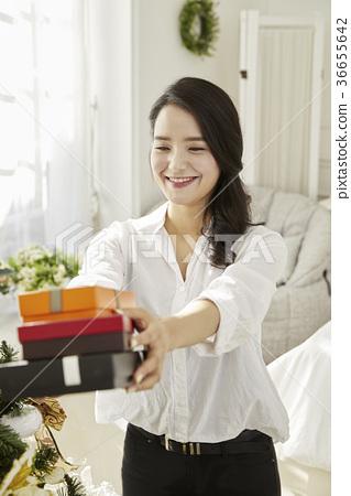 젊은여자,20대, 한국인,크리스마스 36655642