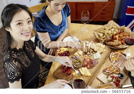 젊은여자,20대, 한국인,크리스마스 36655716