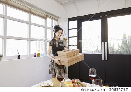 젊은여자,20대, 한국인,크리스마스 36655717