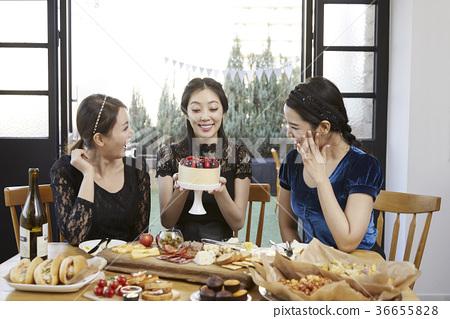 젊은여자,20대, 한국인,크리스마스 36655828