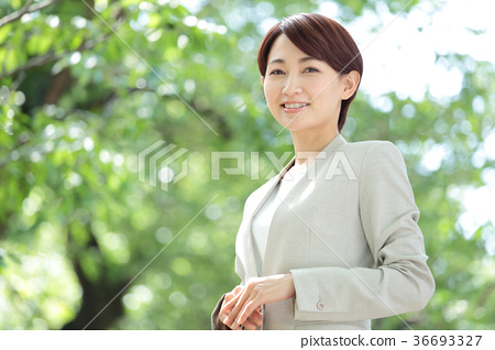 Fresh green business woman 36693327