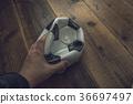 ลูกฟุตบอล,มือ,นักฟุตบอล 36697497