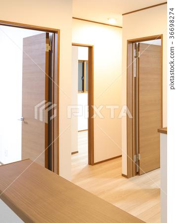 신축 주택 2 층 놀이방에서 홀 36698274