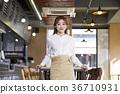 식당, 앞치마, 젊은여자 36710931