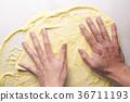 반죽, 손, 요리중 36711193