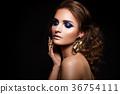 Close-up portrait of beautiful brunette 36754111