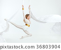 Acrobatics on the canvases. 36803904