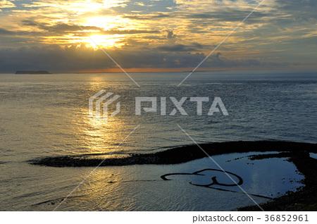 澎湖,雙心石滬,日出,黃昏,日落,雲,海,水,岩石,陽光,光線,海平面,海邊 36852961