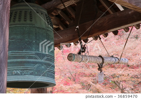 Bell tower 36859470